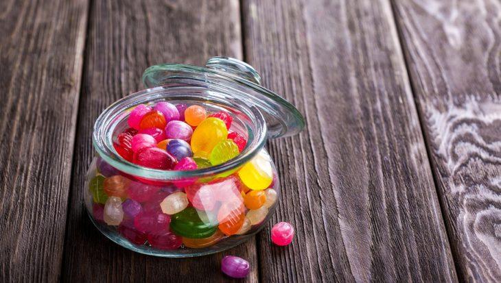 Jak przestać jeść słodycze? 5 praktycznych wskazówek.