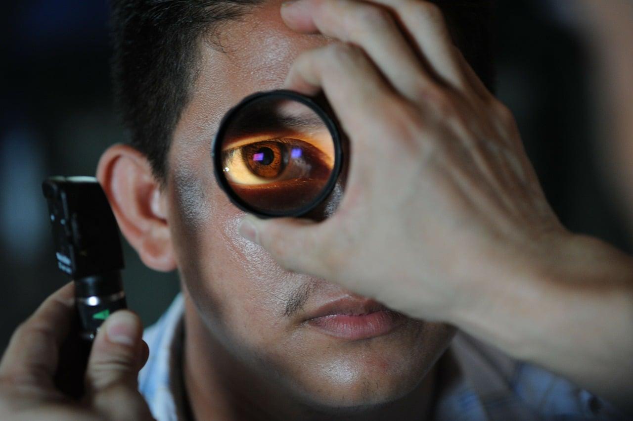 Okuliści i optycy