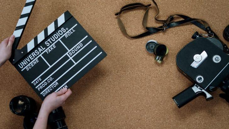 kamera i klaps filmowy