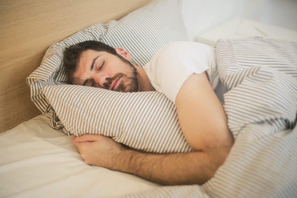 jaka-posciel-jest-najlepsza-do-spania